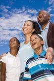 Portret van een gelukkige Afrikaanse Amerikaanse familie royalty-vrije stock fotografie