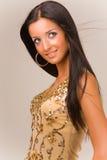 Portret van een glimlachend sensueel meisje Stock Fotografie