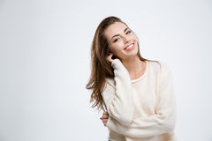 Portret van een glimlachende aantrekkelijke vrouw royalty-vrije stock afbeelding