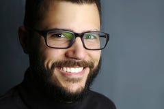 Portret van een glimlachende mens Stock Afbeelding