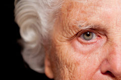 Portret van een Hogere Vrouw Stock Afbeeldingen