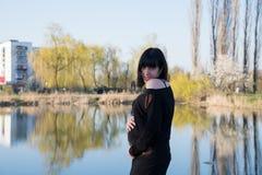 Portret van een jong zwanger meisje royalty-vrije stock fotografie