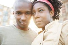 De zonsondergangstad van het paar. Royalty-vrije Stock Foto