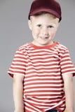 Portret van een jonge jongen in studio Stock Foto