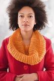 Portret van een jonge mooie Afrikaanse vrouw royalty-vrije stock afbeeldingen