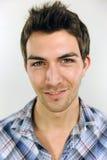 Portret van een jonge toevallige mens Royalty-vrije Stock Afbeelding