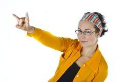 Portret van een jonge vrouw in geel Royalty-vrije Stock Foto's