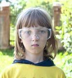 Portret van een Jongen in Beschermende Glazen Stock Afbeeldingen