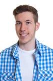Portret van een kerel in een gecontroleerd overhemd Royalty-vrije Stock Afbeeldingen