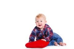 Portret van een kleine jongen op witte achtergrond Stock Afbeelding