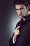 Portret van een knappe spion Stock Foto's