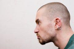 Portret van een kwade mens Stock Foto's