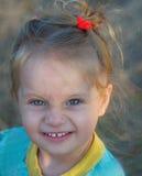 Portret van een leuk glimlachend meisje Stock Fotografie