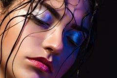 Portret van een leuke vrouw stock afbeelding