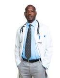 Portret van een mannelijke arts op wit Royalty-vrije Stock Afbeeldingen