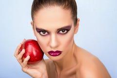 Portret van een meisje met een appel Royalty-vrije Stock Foto