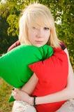 Portret van een meisje met hoofdkussens Royalty-vrije Stock Fotografie
