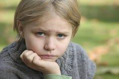 Portret van een meisje in openlucht Stock Foto's