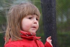 Portret van een meisje van twee jaar Stock Afbeeldingen
