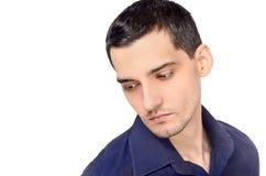 Portret van een mens die neer kijkt. Royalty-vrije Stock Foto's