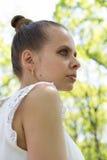 Portret van een mooi jong meisje Stock Afbeeldingen