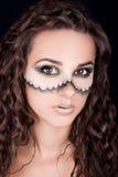 Portret van een mooi jong meisje met professionele make-up Royalty-vrije Stock Afbeeldingen