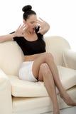 Portret van een Mooie Aantrekkelijke Jonge Kaukasische Vrouw Relaxin stock afbeelding