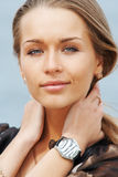 Portret van een mooie dame stock afbeelding