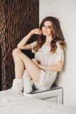Portret van een mooie jonge blonde vrouw met Royalty-vrije Stock Fotografie