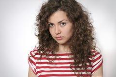 Portret van een mooie jonge donkerbruine vrouw Stock Foto