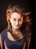 Portret van een mooie jonge vrouw o Stock Fotografie