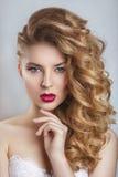 Portret van een mooie manierbruid, zoet en sensueel Royalty-vrije Stock Foto