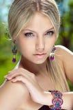 Portret van een mooie meisjesclose-up stock afbeelding