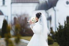 Portret van een sensuele bruid stock foto's