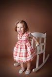 Portret van een speels amd gelukkig meisje stock fotografie
