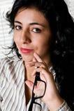 Portret van een succesvolle bedrijfsvrouw op kantoor Stock Foto