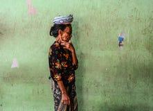 Portret van een verkoper in Bali, Indonesië stock foto's