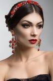 Portret van een vrouw met Mooie make-up stock afbeelding
