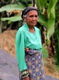 PORTRET VAN ELDERY-VROUW IN INDONESIË Stock Foto