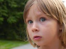 Portret van ernstig meisje stock foto