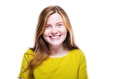 Portret van gelukkig jong die meisje op wit wordt geïsoleerd Royalty-vrije Stock Fotografie