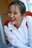 Portret van gelukkig jong meisje royalty-vrije stock fotografie