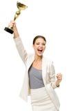 Portret van gelukkige bedrijfsvrouw met gouden kop Royalty-vrije Stock Afbeeldingen