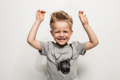 Portret van gelukkige blije mooi weinig jongen Stock Foto