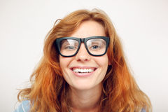Portret van gelukkige grappige jonge vrouw Royalty-vrije Stock Foto's