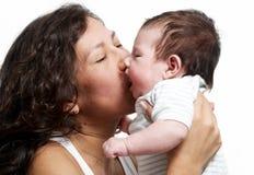 Portret van gelukkige moeder met baby stock afbeeldingen