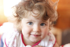 Portret van glimlachend meisje Royalty-vrije Stock Foto