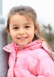 Portret van glimlachend meisje Royalty-vrije Stock Afbeeldingen