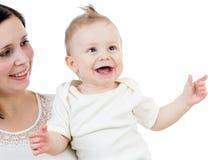 Portret van glimlachende die babyjongen op wit wordt geïsoleerdr stock foto