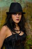Portret van gothmeisje met hoed Stock Afbeelding